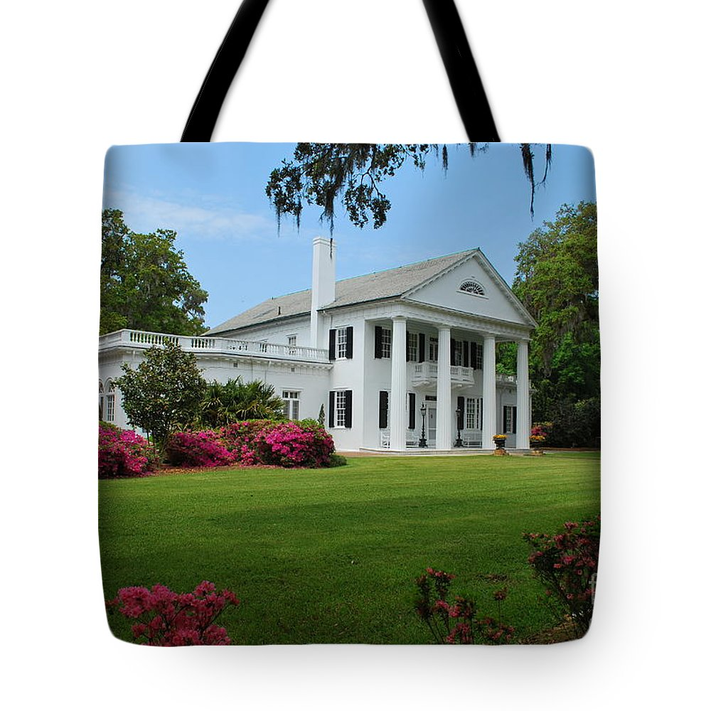 Plantation Southport Tote Bag featuring the photograph Orton Plantation by Bob Sample