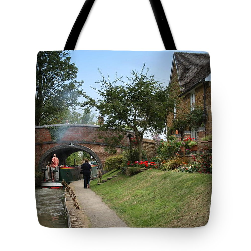 Canal Tote Bag featuring the photograph Oxford Canal by Linsey Williams