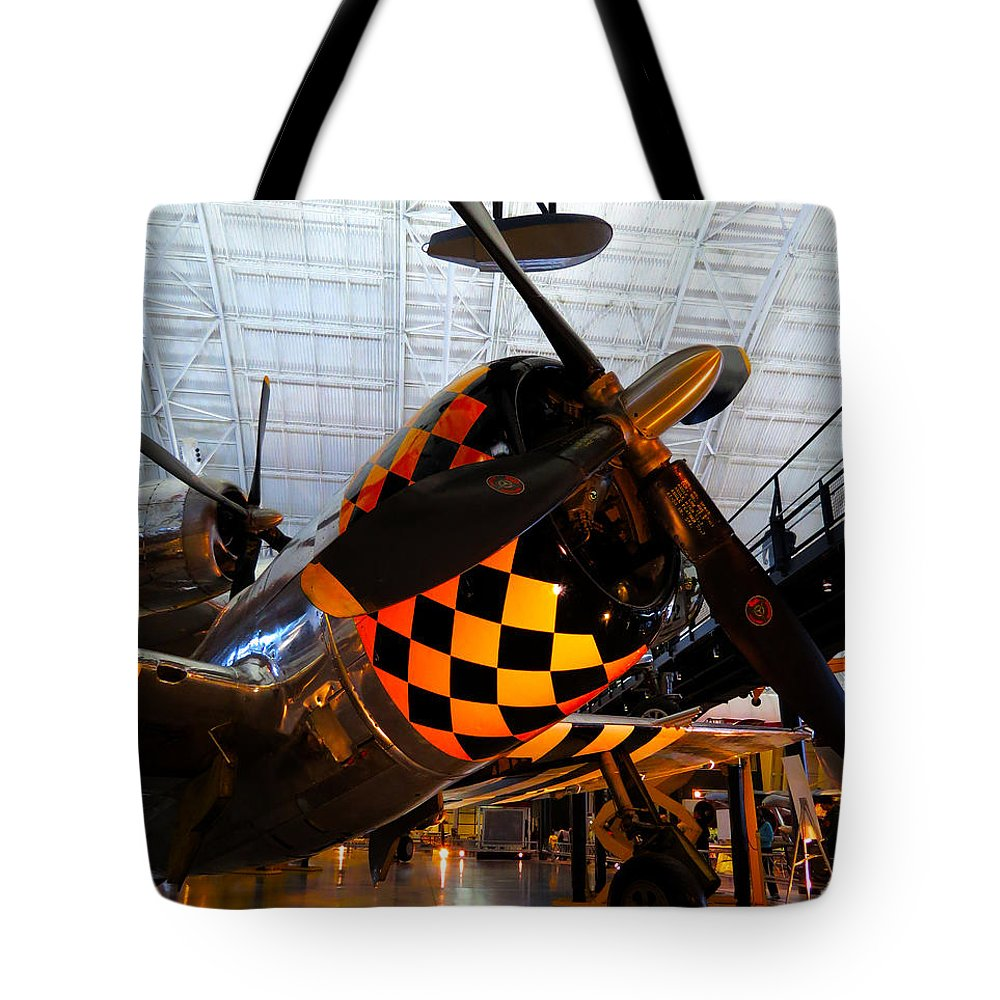 Udvar-hazy Tote Bag featuring the photograph P-47 by Jon Munson II