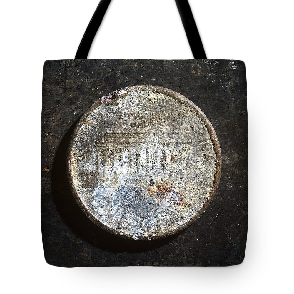 Americana Tote Bag featuring the photograph P19xx C T by Robert Mollett