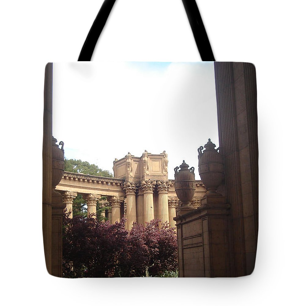Palace Of Fine Arts Tote Bag featuring the photograph Palace Of Fine Arts 8 by Lovina Wright
