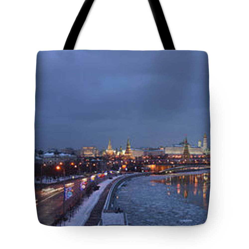 Featured Tote Bag featuring the photograph Panoramic View Of Moscow River And Kremlin - Featured 2 by Alexander Senin
