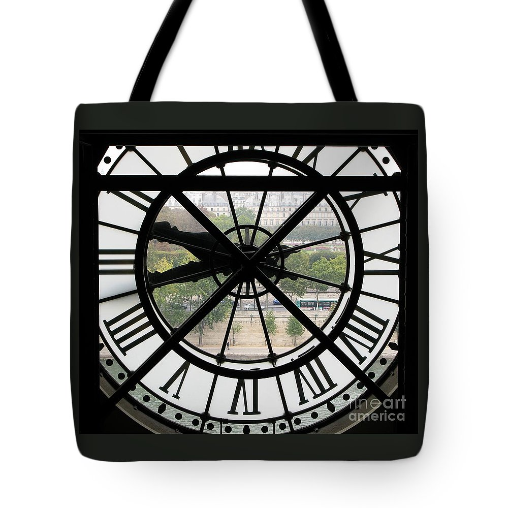 Clock Tote Bag featuring the photograph Paris Time by Ann Horn