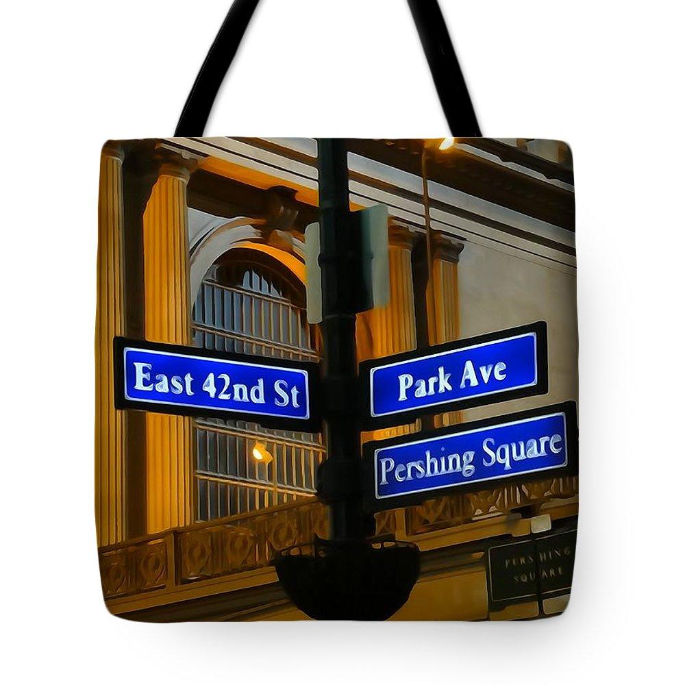 Park Avenue Tote Bag featuring the photograph Park Avenue by Dan Sproul