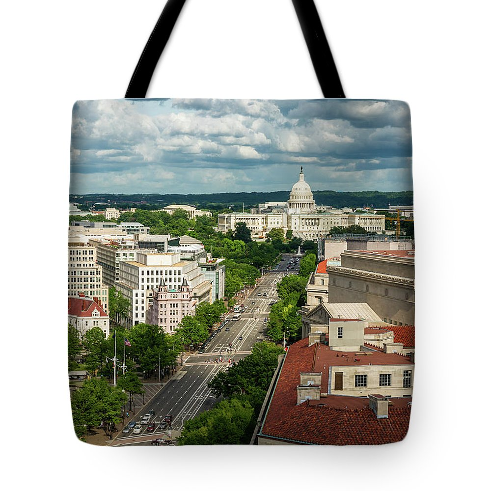 Built Structure Tote Bag featuring the photograph Pennsylvania Avenue Leading Up To The by Miralex