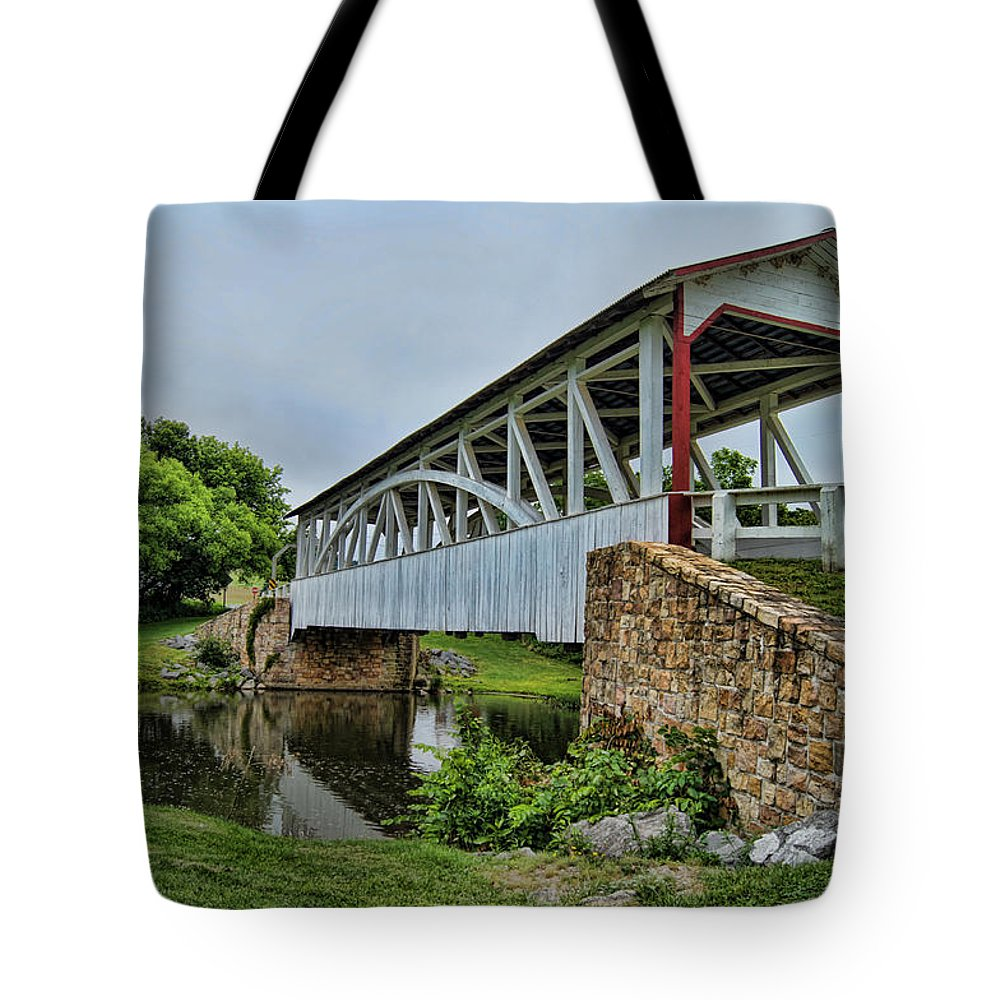 Covered Bridge Tote Bag featuring the photograph Pennsylvania Covered Bridge by Kathy Churchman