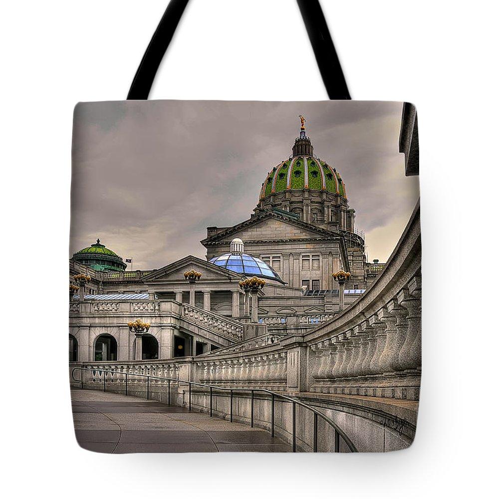 Pennsylvania State Capital Tote Bag featuring the photograph Pennsylvania State Capital by Lois Bryan