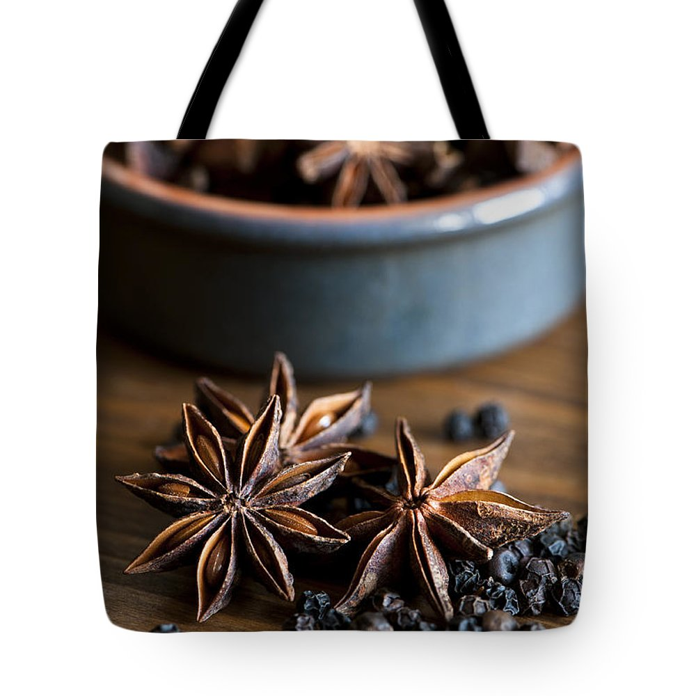 Anise Tote Bag featuring the photograph Pepper And Spice by Anne Gilbert