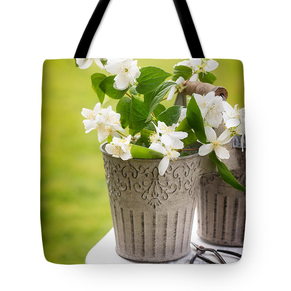 Picking Tote Bag featuring the photograph Picking Blossom by Amanda Elwell