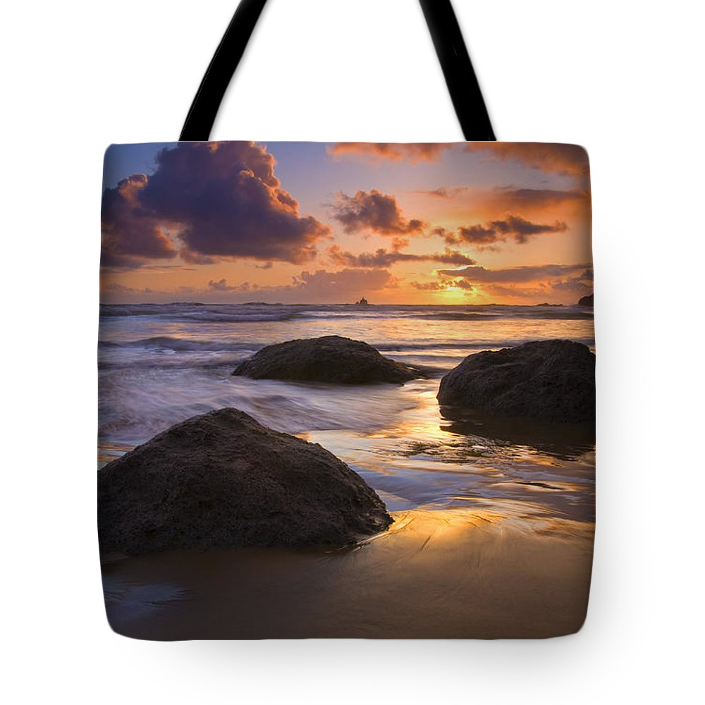 Sunset Tote Bag featuring the photograph Pieces Of Eight by Mike Dawson