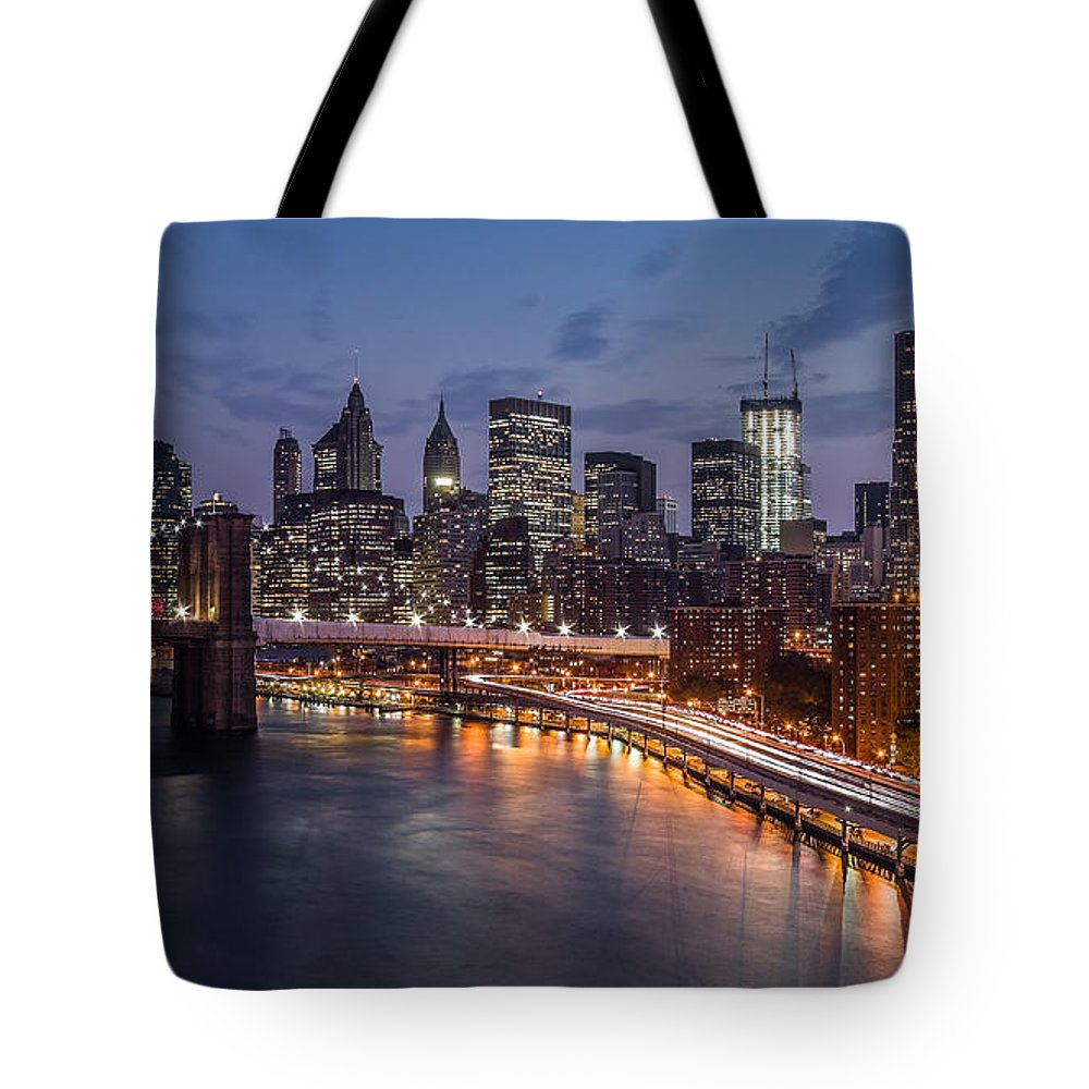 Us Tote Bag featuring the photograph Piercing Manhattan by Mihai Andritoiu