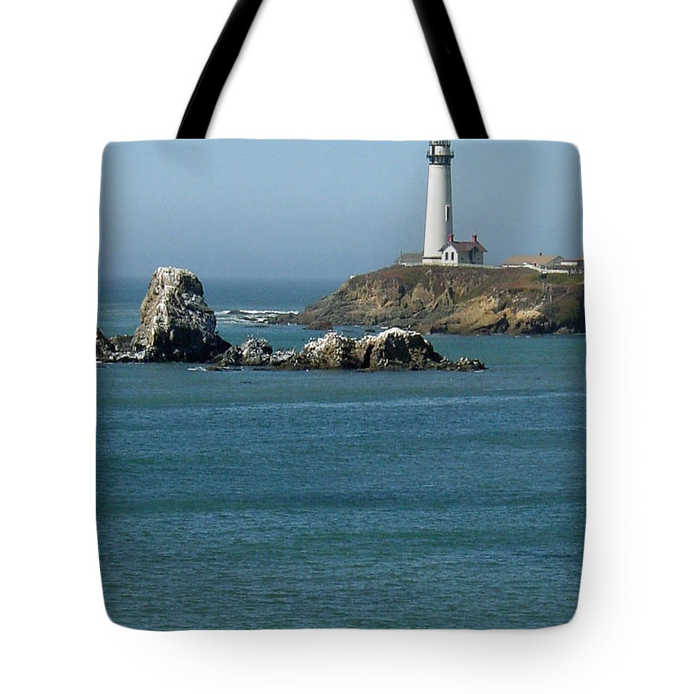 Lighthouse Tote Bag featuring the photograph Pigeon Point Lighthouse Near Half Moon Bay-san Francisco by Suzanne Gaff