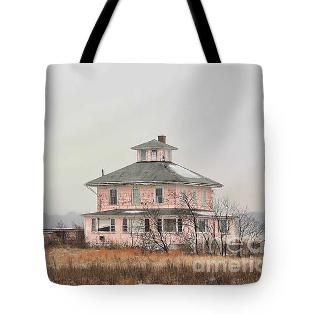 House Tote Bag featuring the photograph Pink House On The Marsh by K Hines