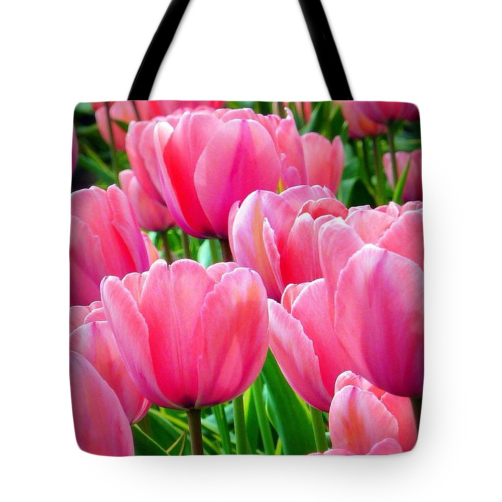Tulips Tote Bag featuring the photograph Pinks My Color by Susan Garren