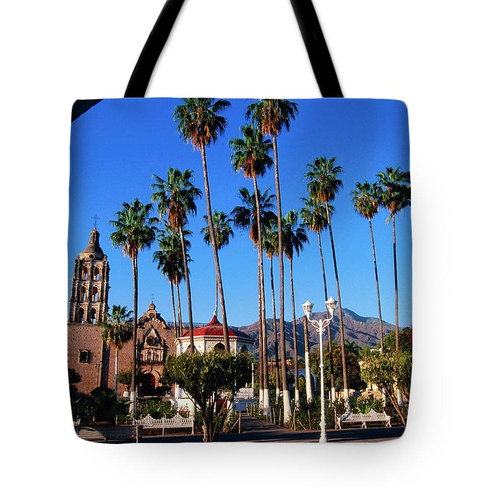 Arch Tote Bag featuring the photograph Plaza De Armas by John Elk