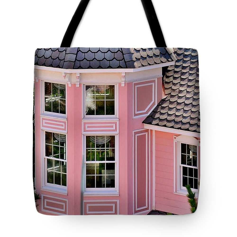 Hotel Tote Bag featuring the photograph Beautiful Pink Turret - Boardwalk Plaza Hotel Annex - Rehoboth Beach Delaware by Kim Bemis