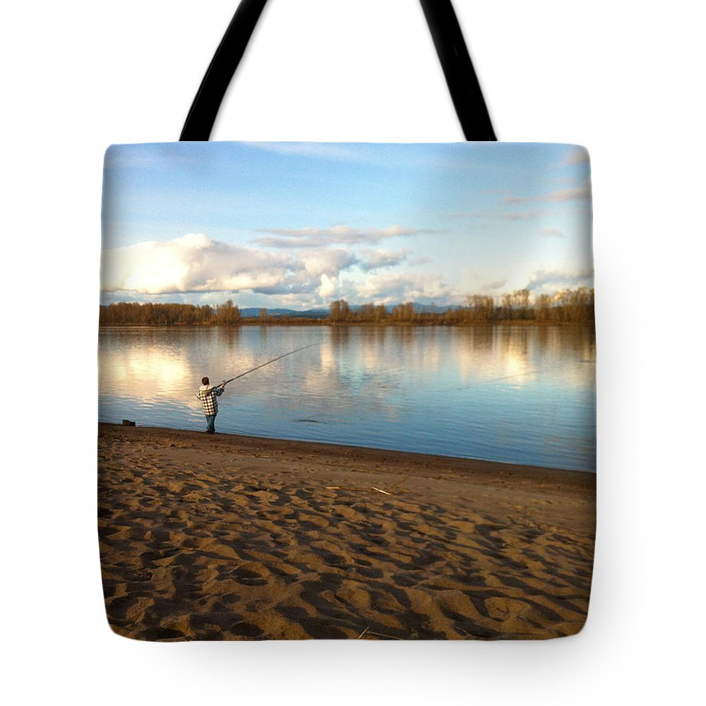 Plunking Tote Bag featuring the photograph Plunking Waters by Sara Stevenson