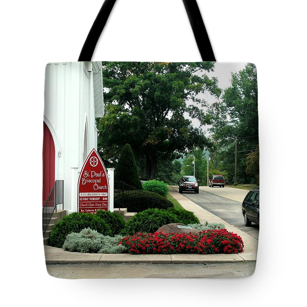 Points Of View Tote Bag featuring the photograph Points Of View by Kip DeVore