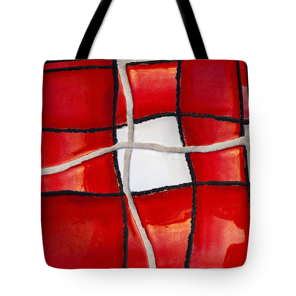 Swimming Pool Tote Bag featuring the photograph Poolside No. 4 by Carol Leigh