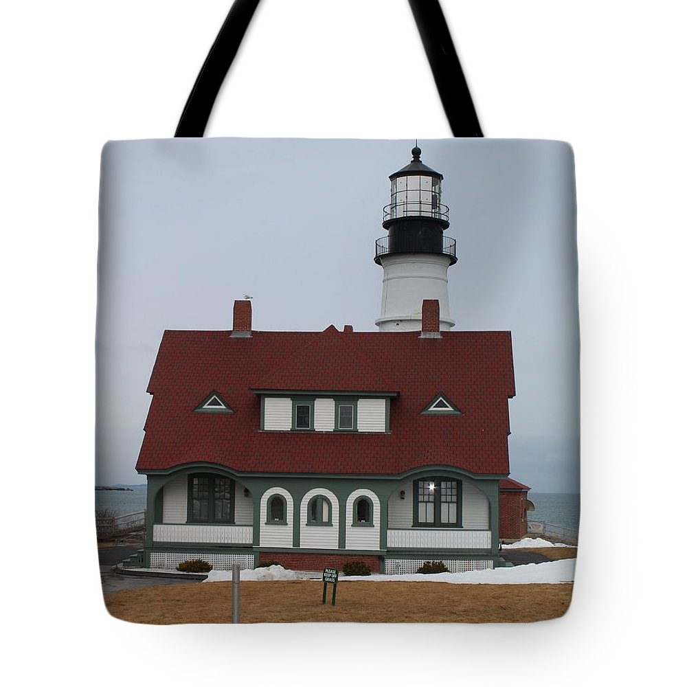 Lighthouse Tote Bag featuring the photograph Portland Head Lighthouse 8512 by Joseph Marquis
