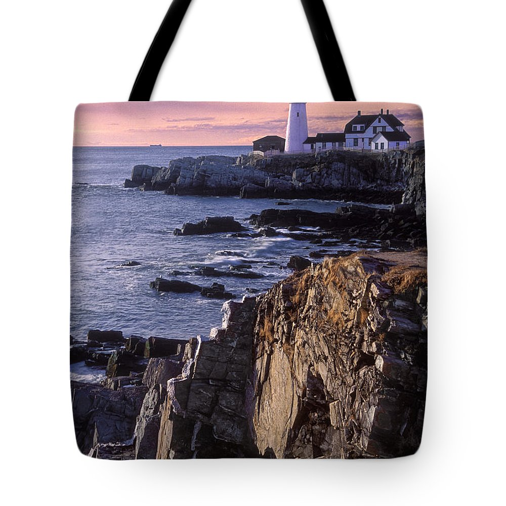 Portland Headlight Tote Bag featuring the photograph Portland Headlight Maine by Dave Mills