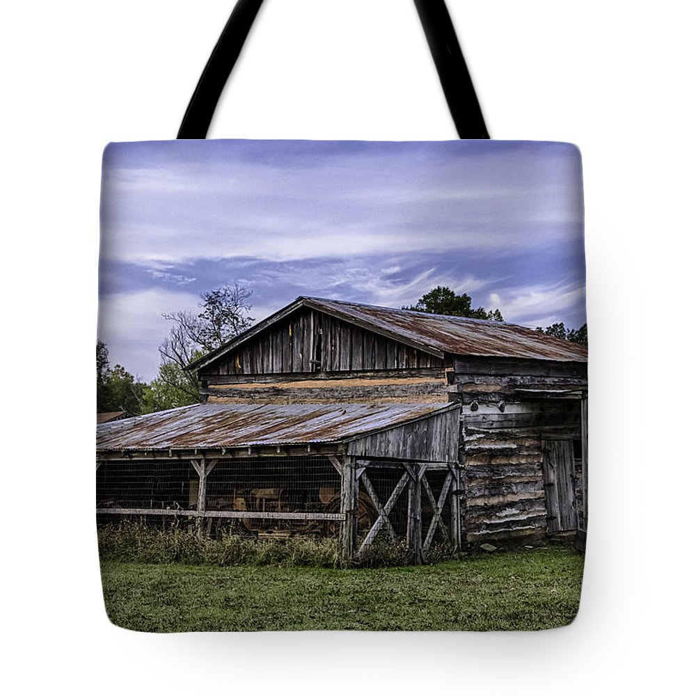 Historic Tote Bag featuring the photograph Pottsville Arkansas Historic Log Barn by Betty Denise