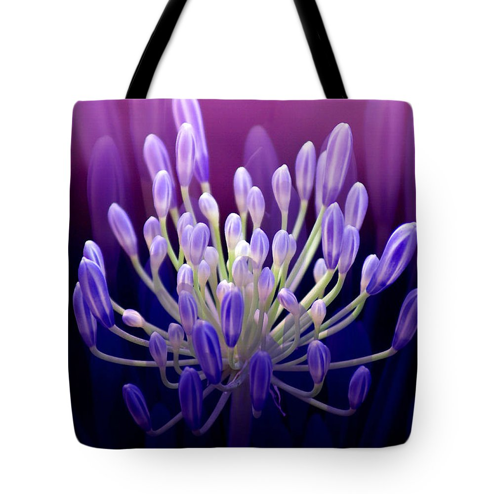 Agapanthus Tote Bag featuring the photograph Praise by Holly Kempe