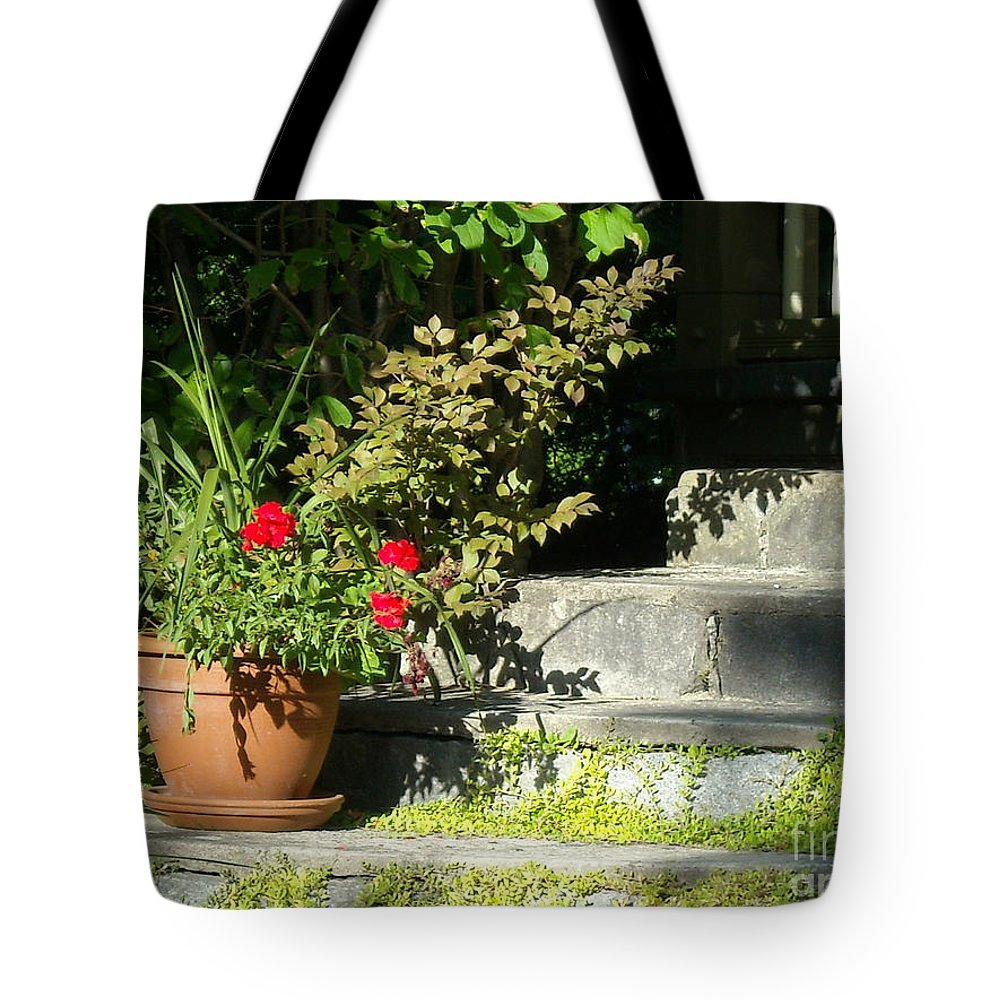 Flowers Tote Bag featuring the photograph Pretty Gardens by Line Gagne