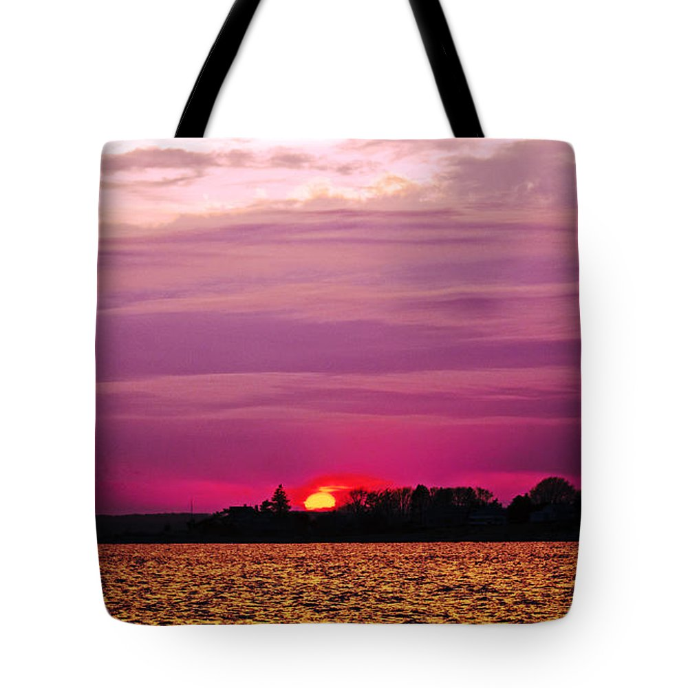 Sunset Tote Bag featuring the photograph Psychoactive Sunset by Joe Geraci