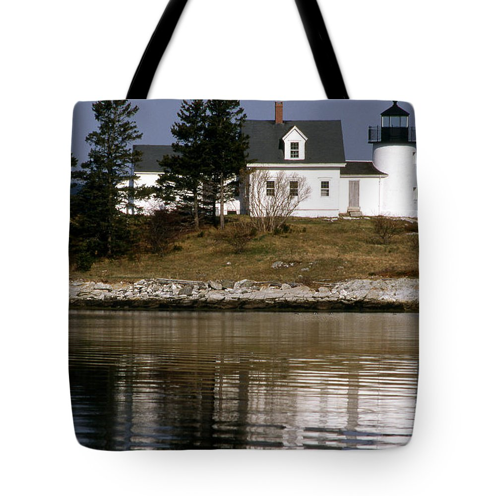 Lighthouses Tote Bag featuring the photograph Pumpkin Island Lighthouse by Skip Willits