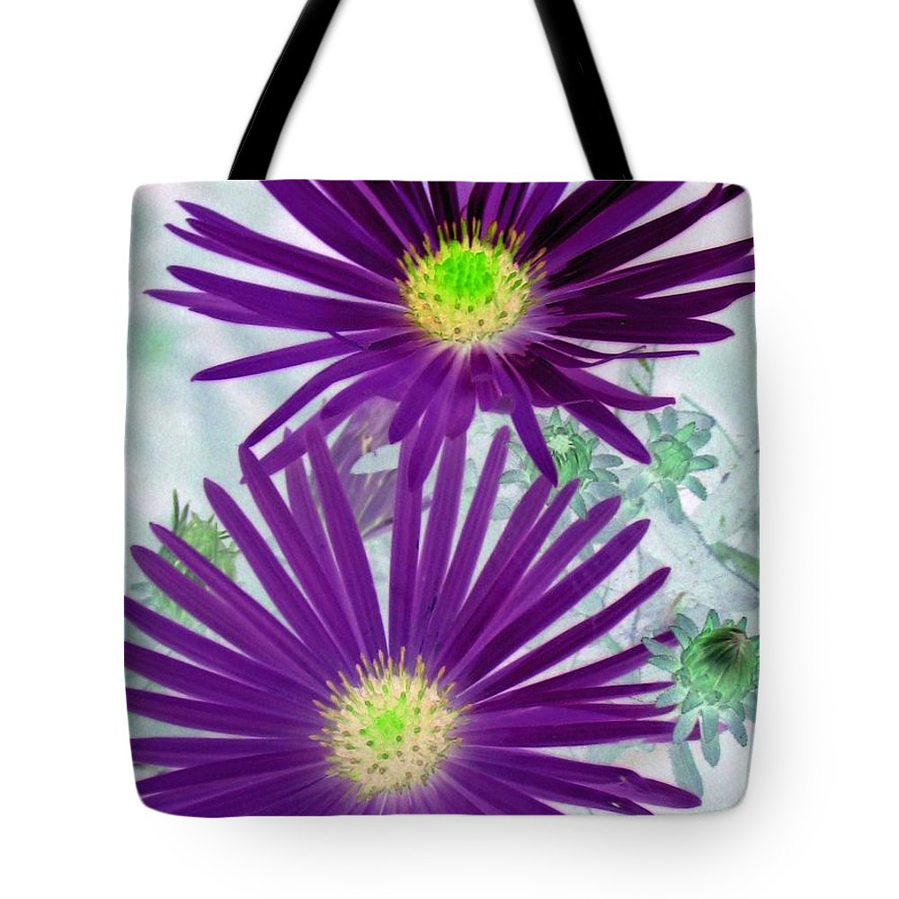 Flower Tote Bag featuring the photograph Purple Passion - Photopower 1604 by Pamela Critchlow