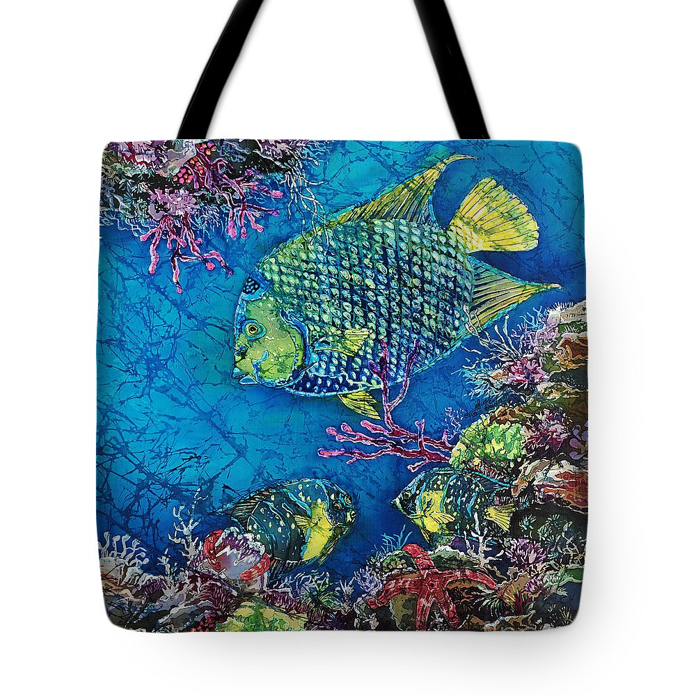 Angelfish Tote Bag featuring the painting Queen Of The Sea by Sue Duda