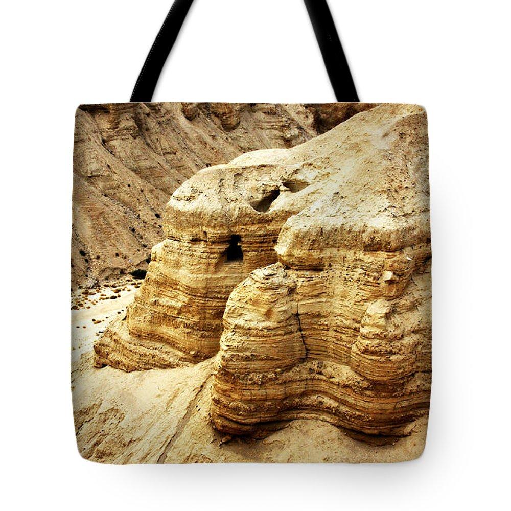 Designs Similar to Qumran Cave 4