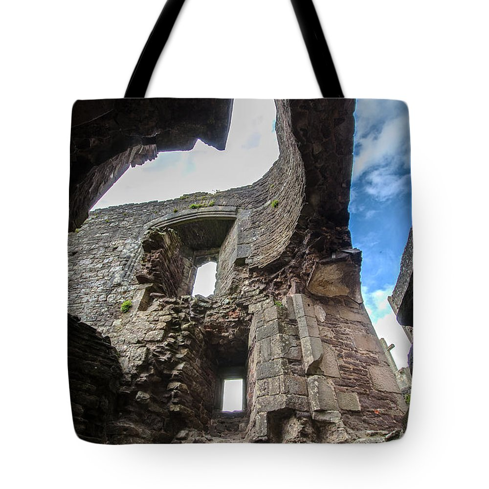 Raglan Tote Bag featuring the photograph Raglan Castle - 8 by Paul Cannon
