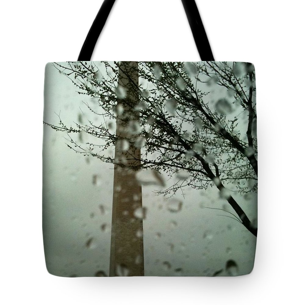 Washington Monument Tote Bag featuring the photograph Rainy Day At The Washington Monument by Lois Ivancin Tavaf