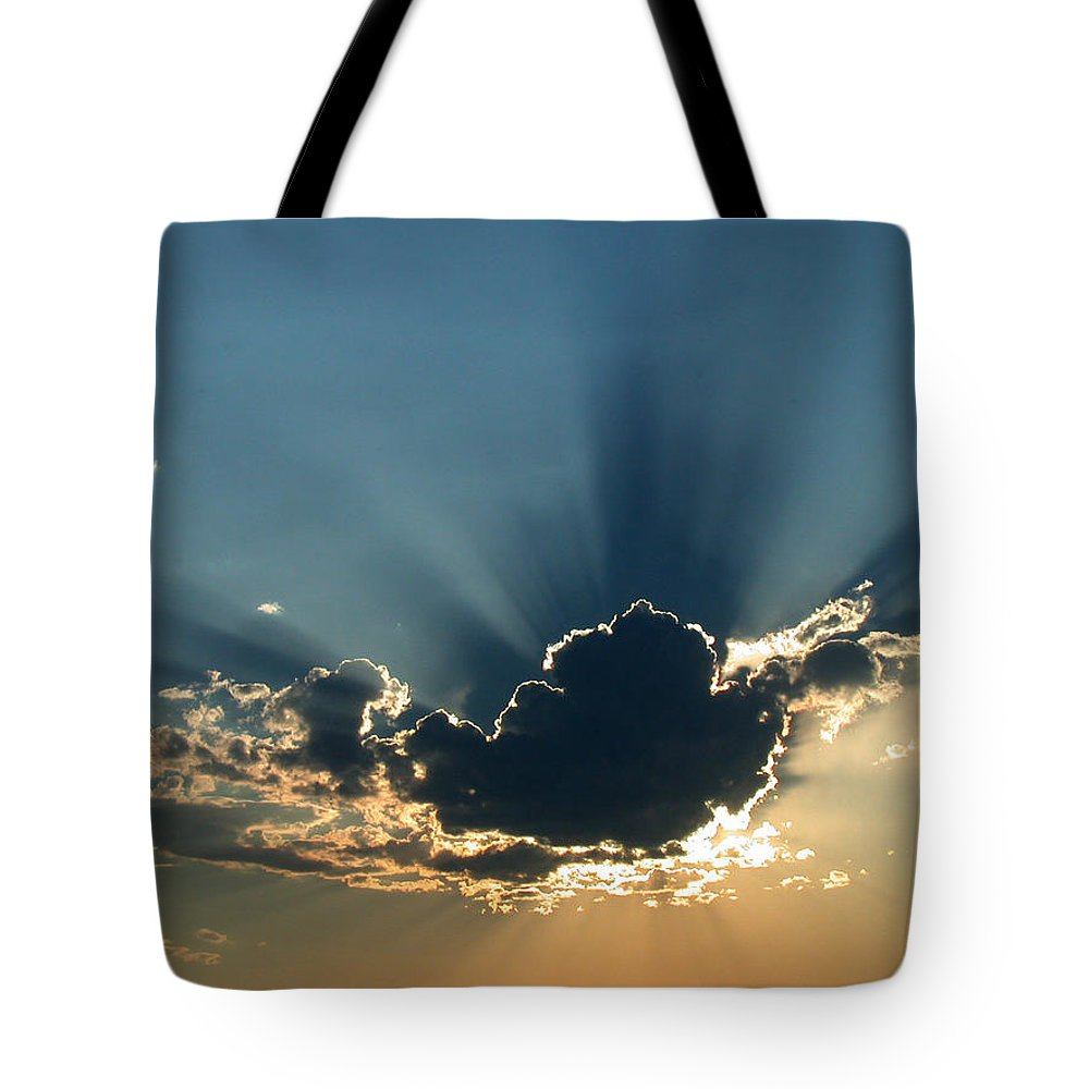 Sunrays Tote Bag featuring the photograph Rays Of Light by Shane Bechler