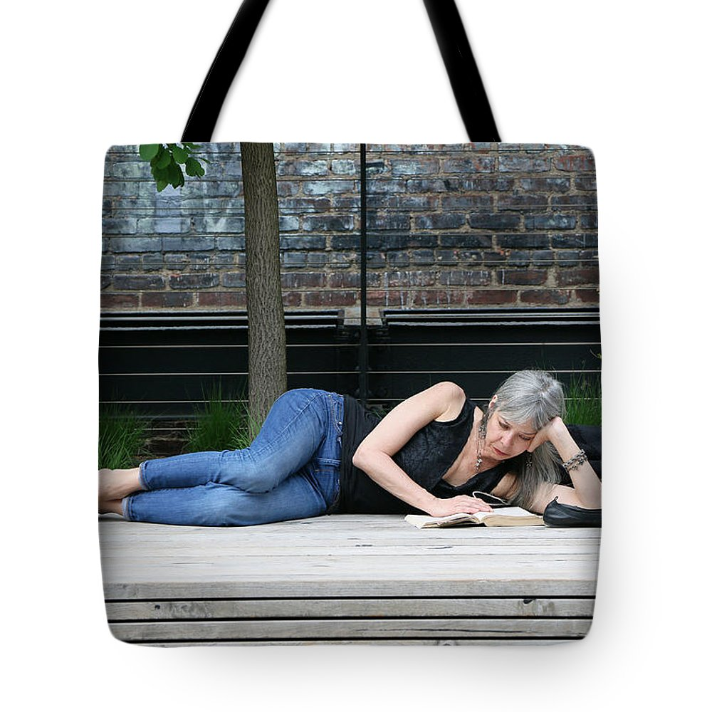 New Tote Bag featuring the photograph Reading Beauty On The High Line by Allen Beatty