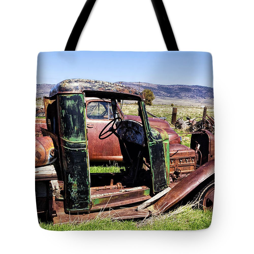 Antique Vehicles Tote Bag featuring the photograph Ready To Roll by Kathleen Bishop
