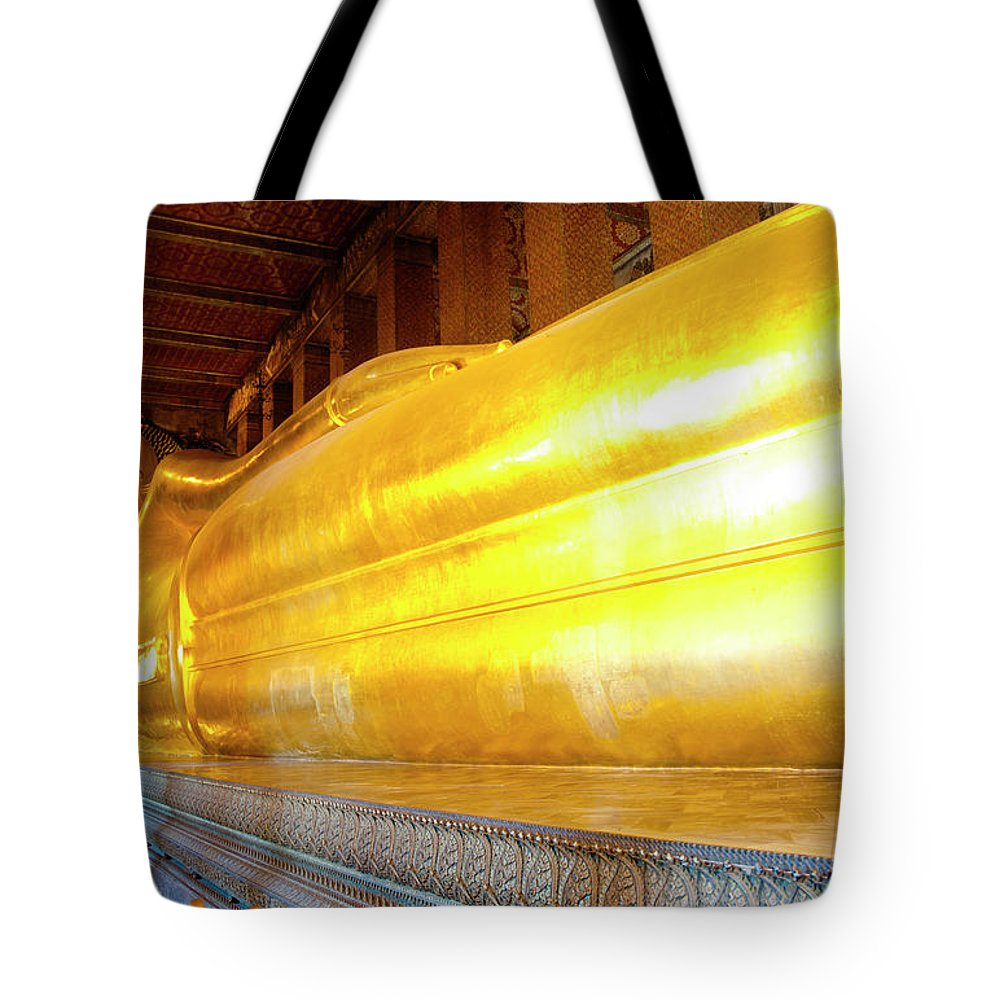 Statue Tote Bag featuring the photograph Reclining Buddha, Wat Pho by Leontura