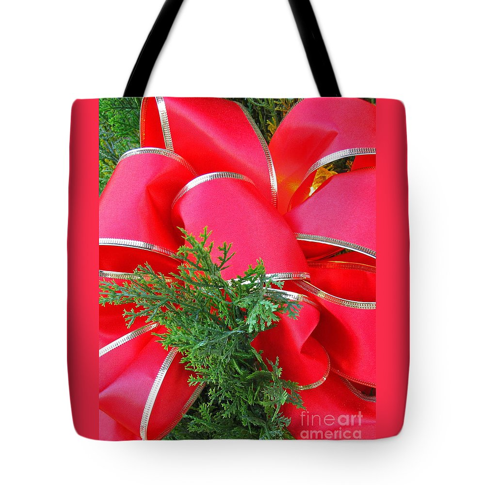 Christmas Tote Bag featuring the photograph Red And Greens by Ann Horn
