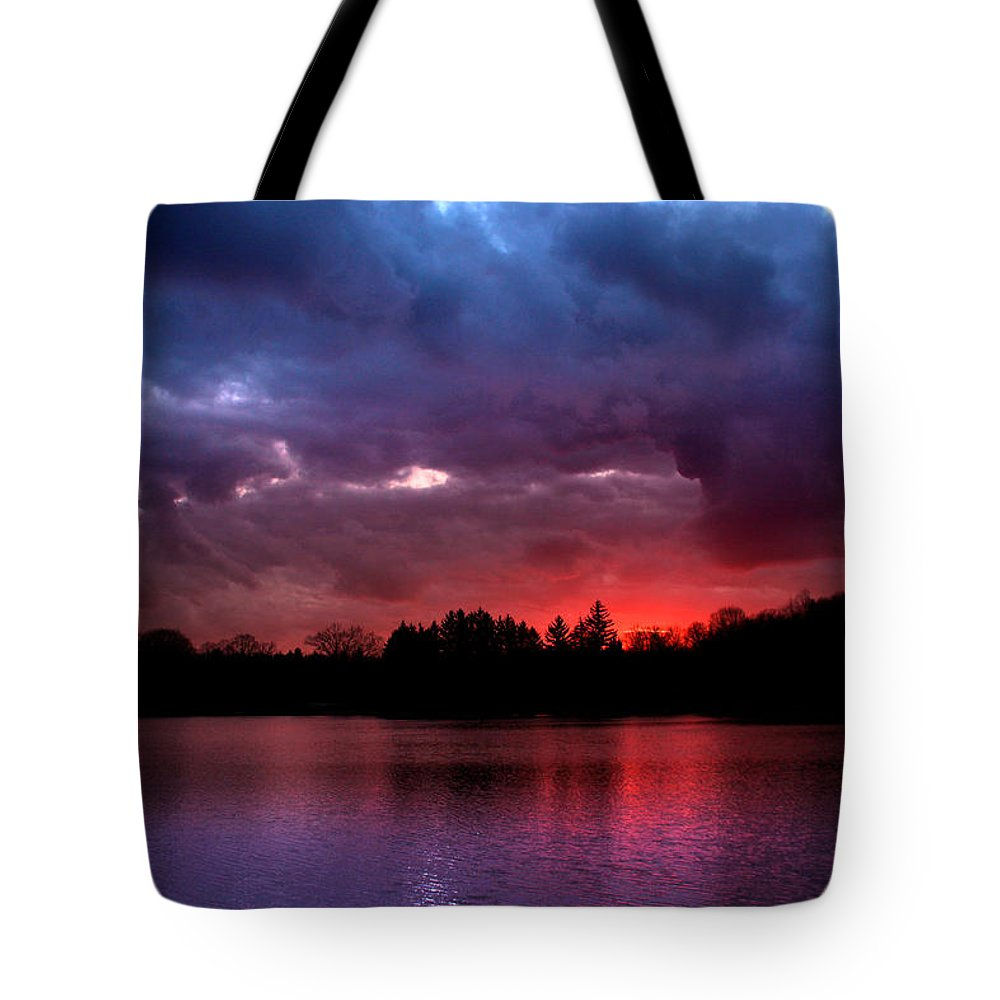Dramatic Tote Bag featuring the photograph Red Dawn by Rob Blair