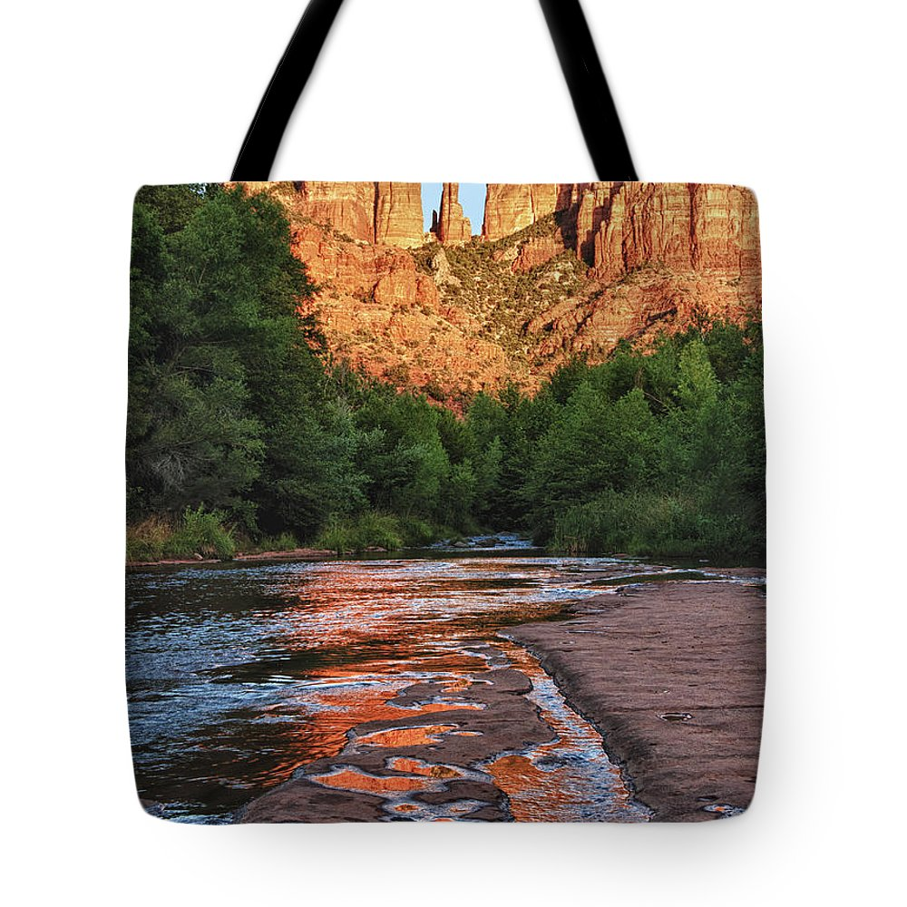 Oak Creek Tote Bag featuring the photograph Red Rock Crossing by Claudia Kuhn