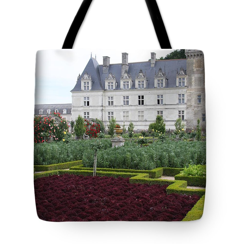 Cabbage Tote Bag featuring the photograph Red Salad And Cabbage Garden - Chateau Villandry by Christiane Schulze Art And Photography