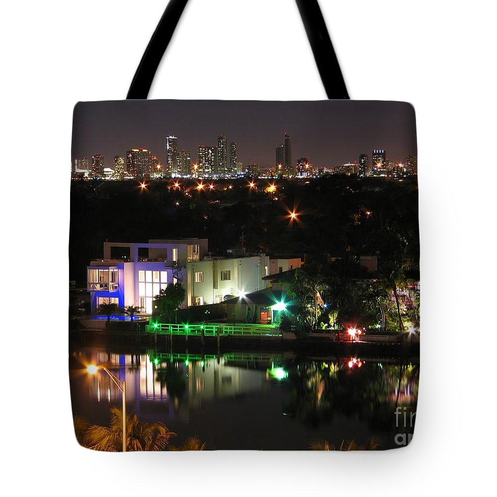 Miami Beach Water Homes Tote Bag featuring the photograph Reflecting White House by Rene Triay Photography