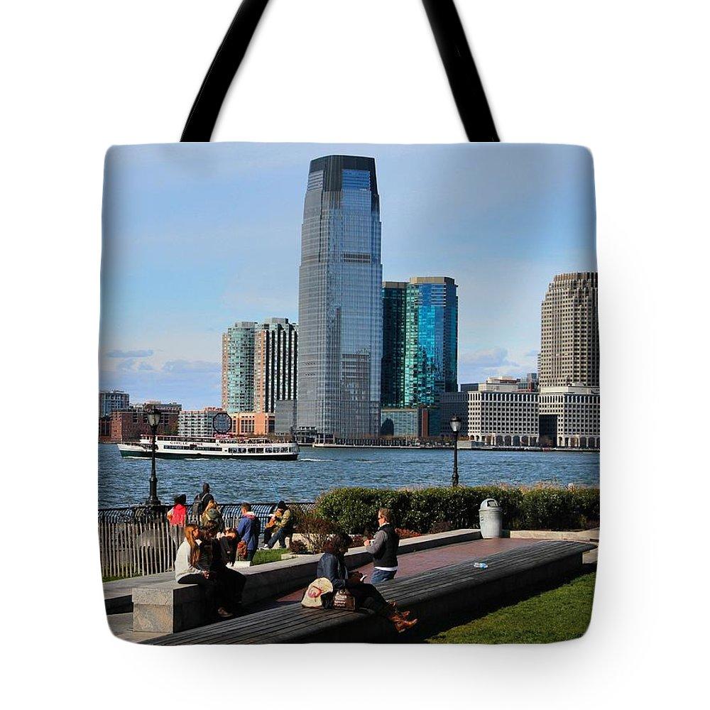 Relaxing Weekend On New York Harbor Tote Bag featuring the photograph Relaxing Weekend On New York Harbor by Dan Sproul