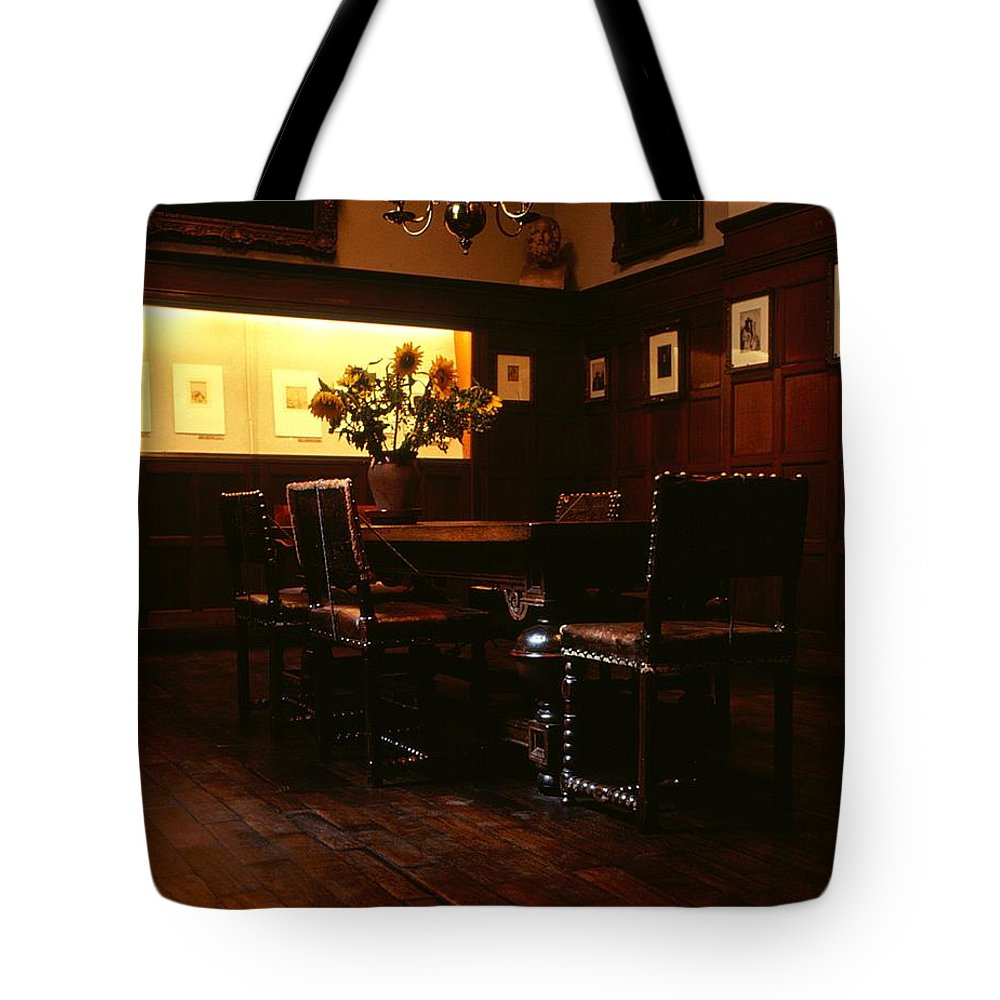 Roy Williams Tote Bag featuring the photograph Rembrandt House - Interior 1 by Roy Williams