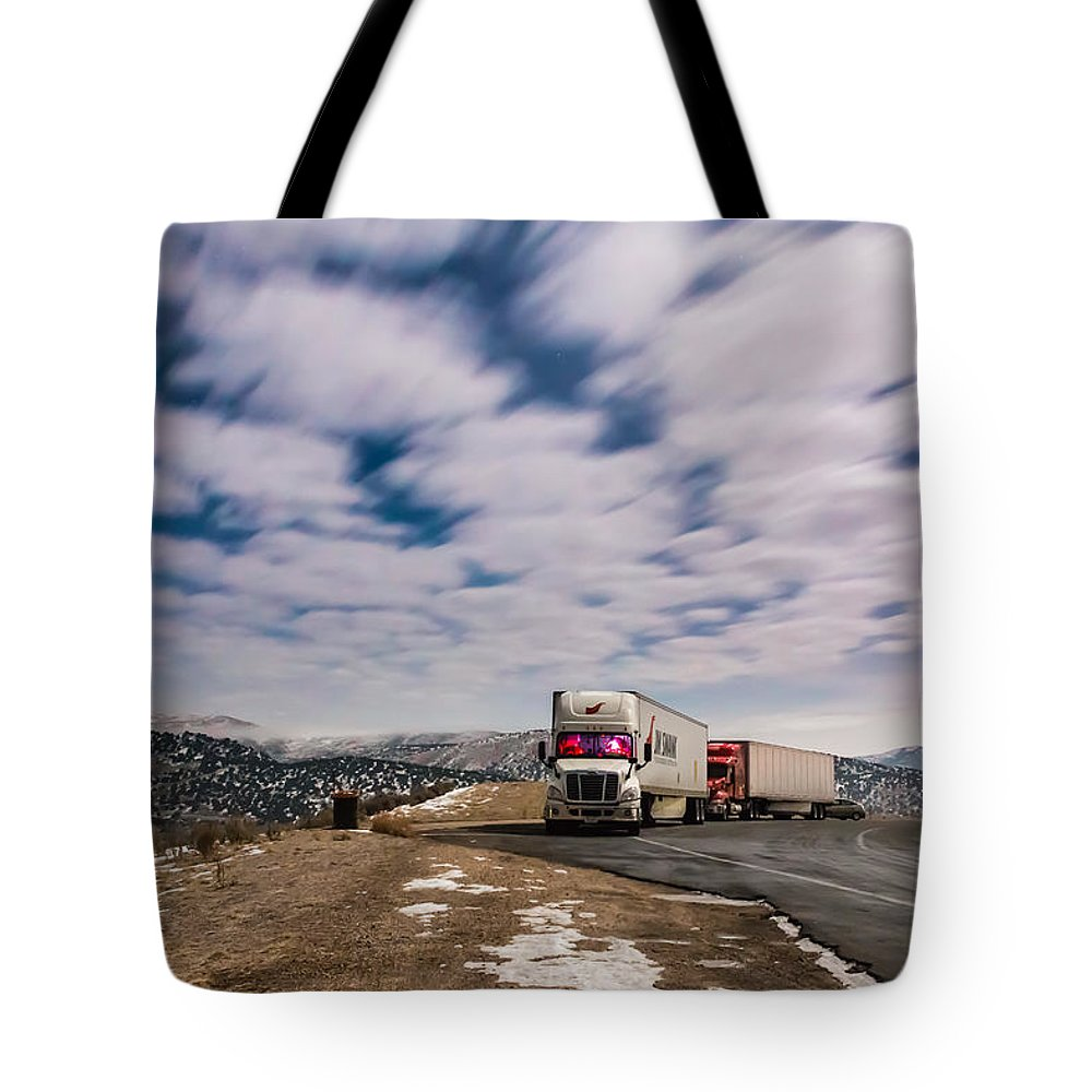 Gigimarie Tote Bag featuring the photograph Rest Stop by Gina Herbert
