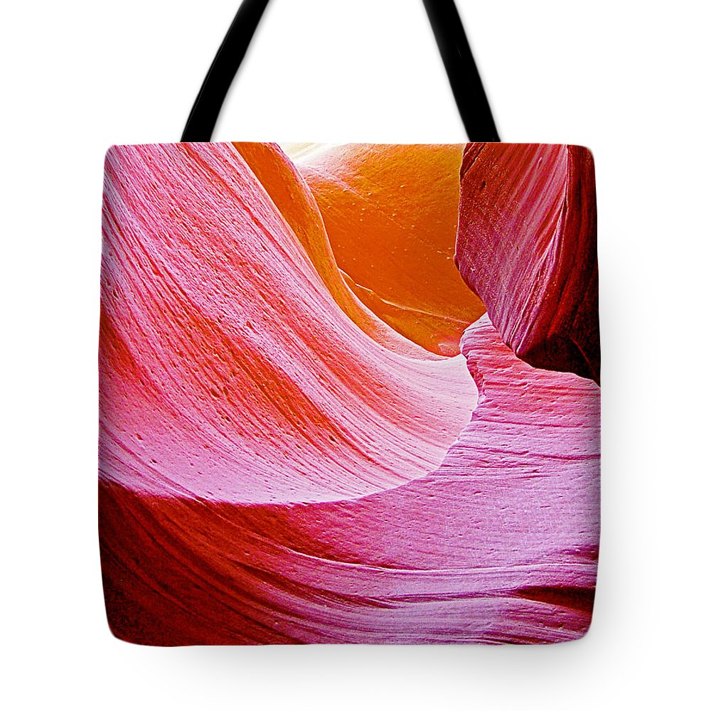 Resting Place In Lower Antelope Canyon In Lake Powell Navajo Tribal Park Tote Bag featuring the photograph Resting Place In Lower Antelope Canyon In Lake Powell Navajo Tribal Park-arizona by Ruth Hager
