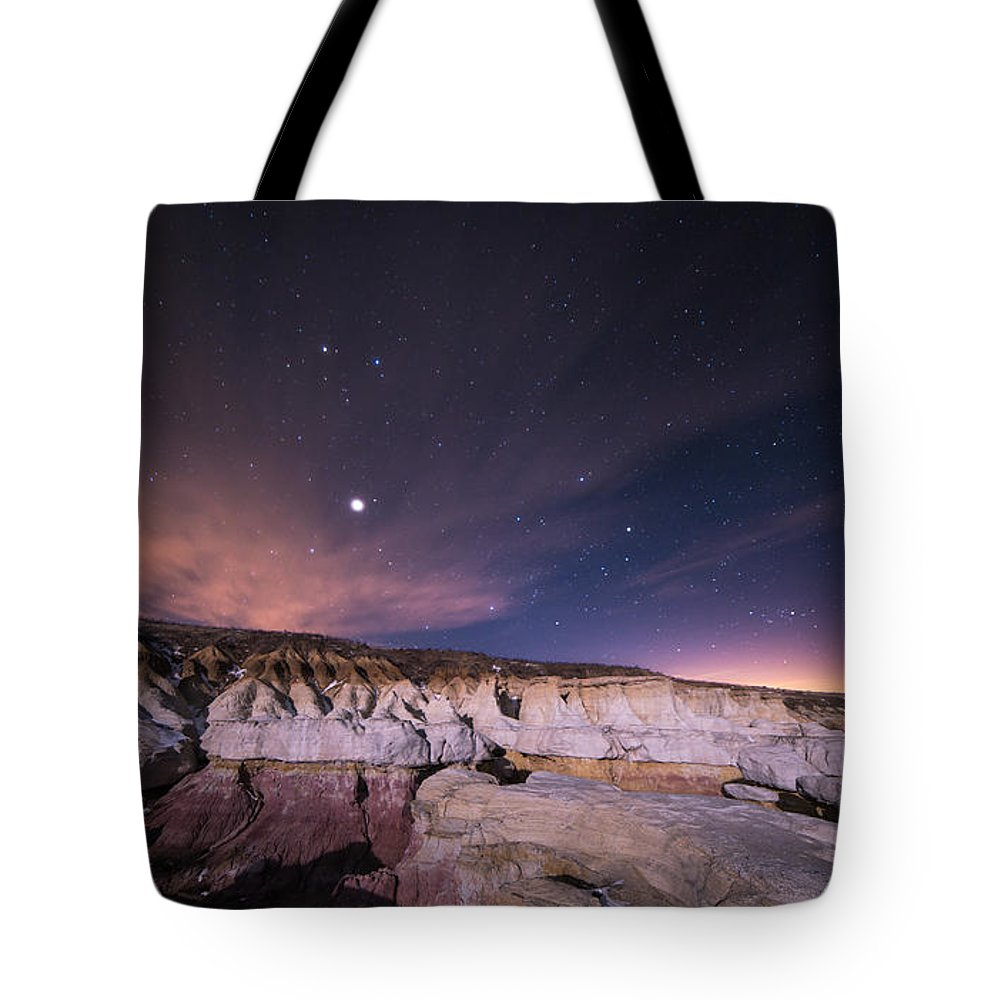 Calhan Paint Mines Tote Bag featuring the photograph Rillin In The Years by Jon Blake