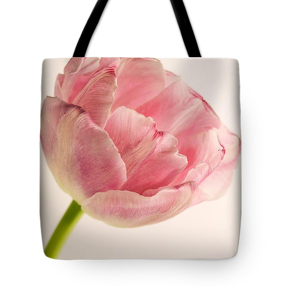 Photography Tote Bag featuring the photograph Rilly Frilly II by Susan Smith